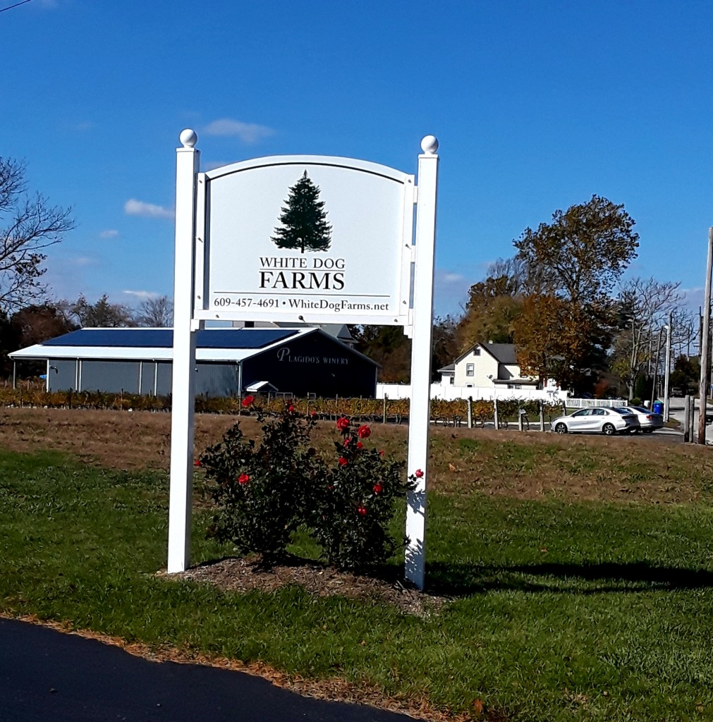 Here's our sign - you can see Plagido's Winery right behind the sign!